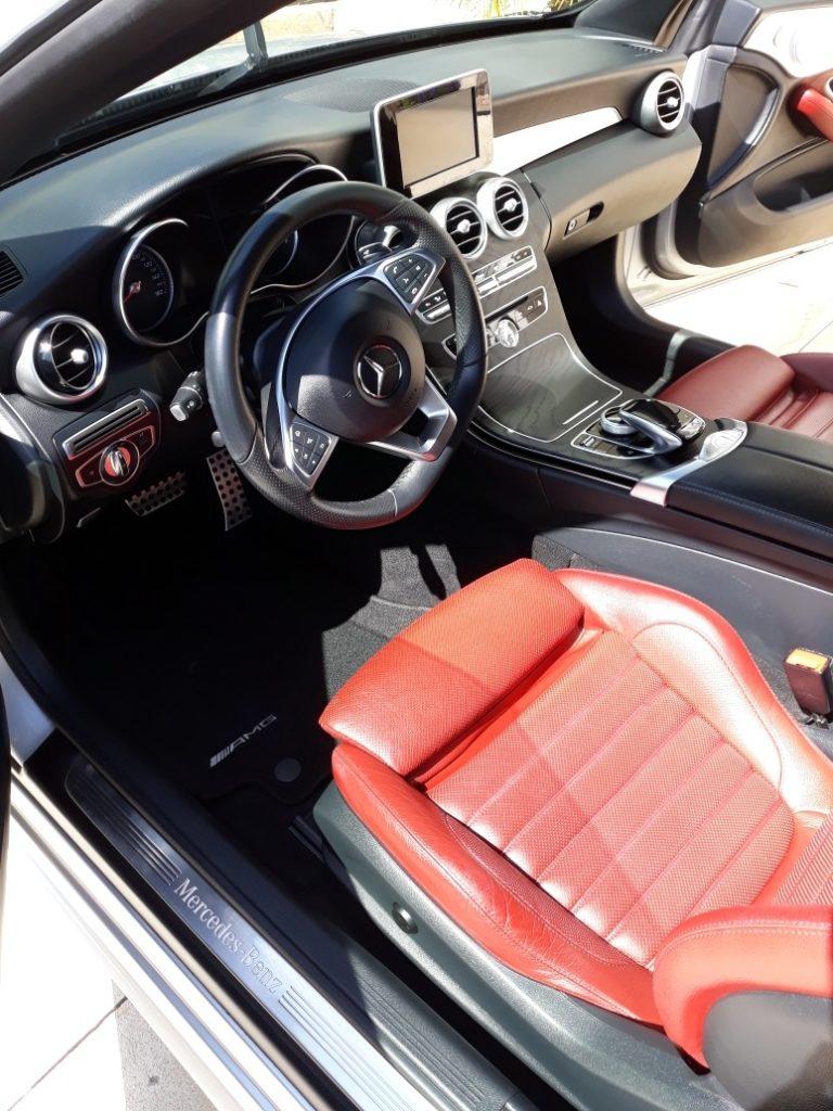 interior-mercedes-detail