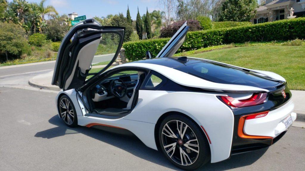 audi-sports-car-mobile-detail