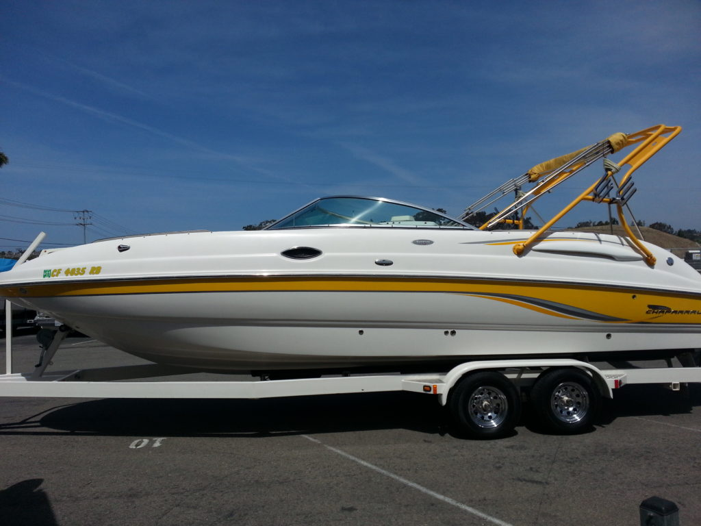 chaparral-speed-boat-cleaning