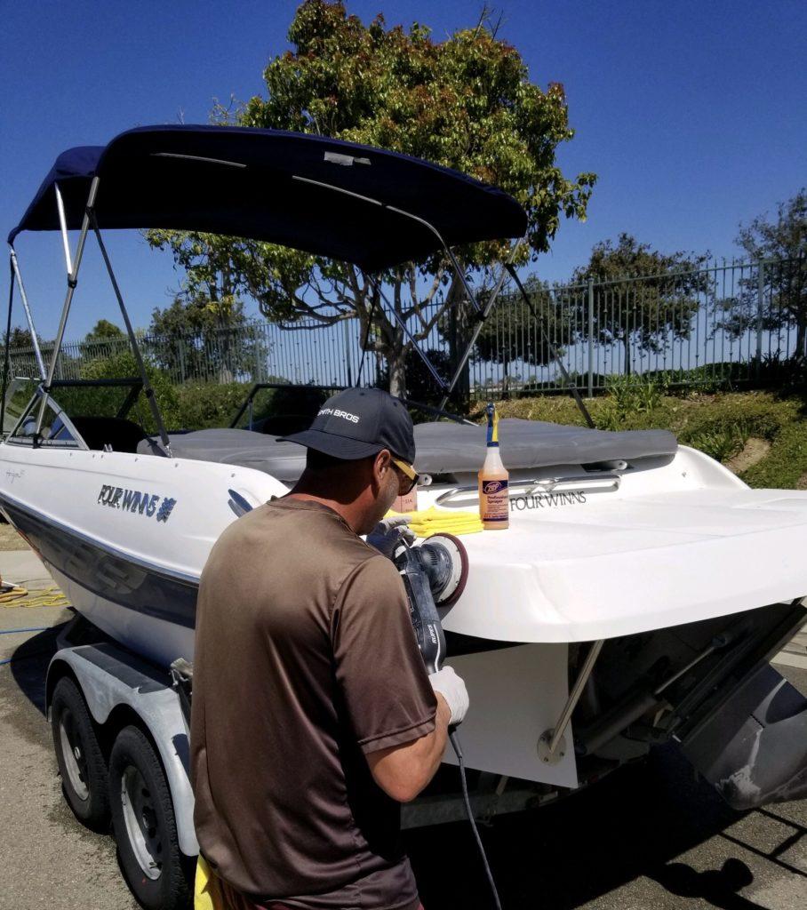 four-winns-boat-detail-professional