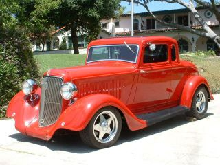 smith-bros-classic-red-car-mobile-detailing