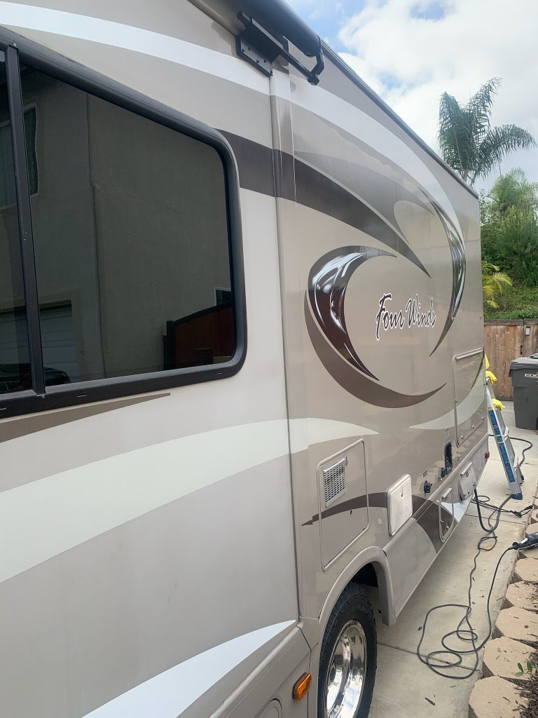 4winds-rv-exterior-mobile-detail