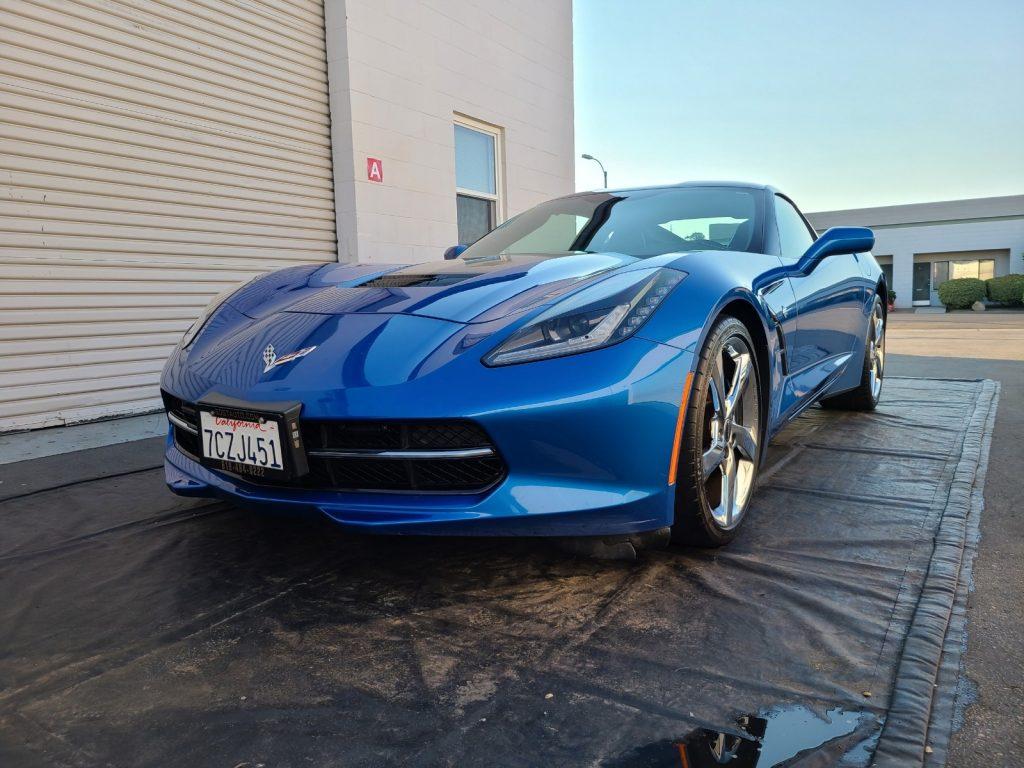 blue-corvette-mobile-detail