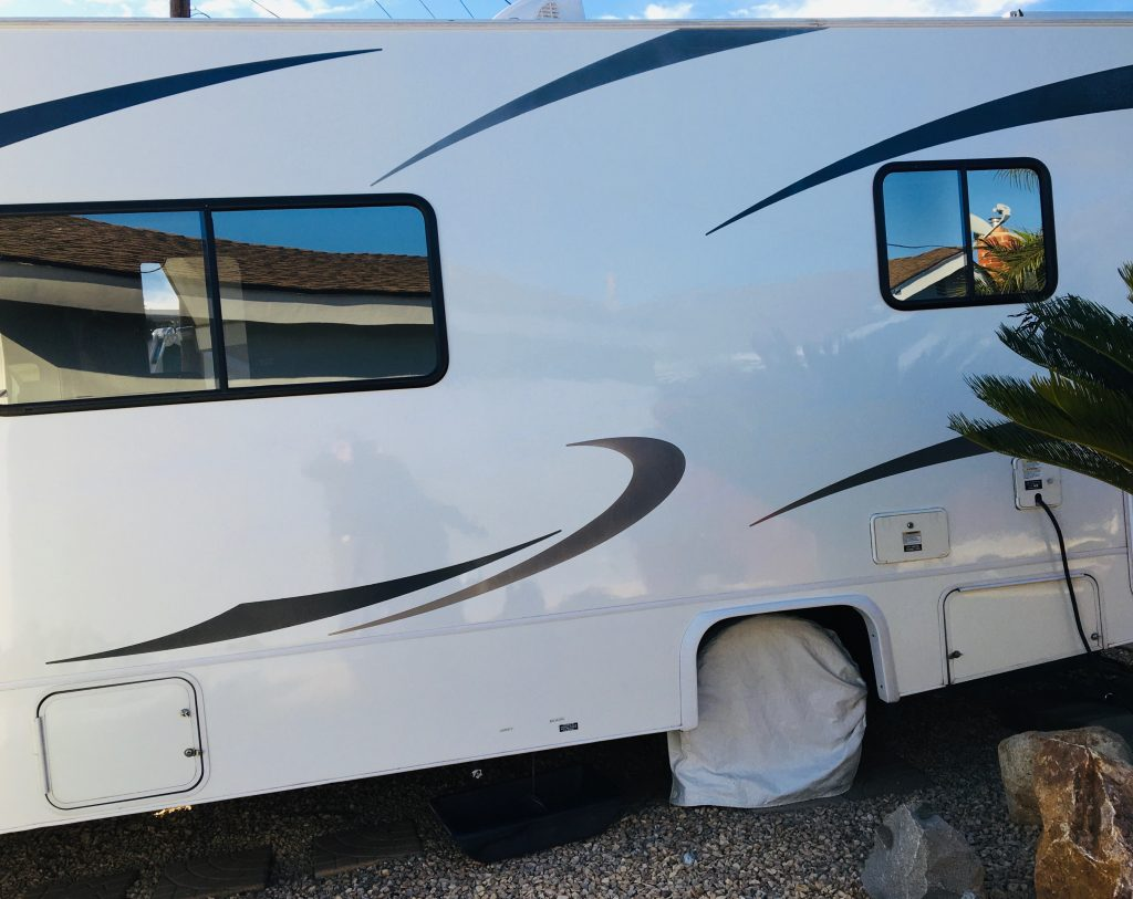 mobile-detail-rv-exterior-cleanup