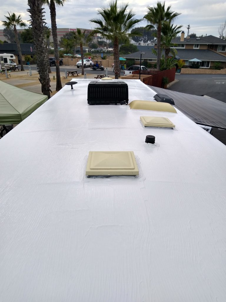 mobile-home-roof-mobile-detail