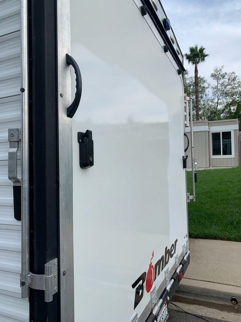 mobile-trailer-polish-detail