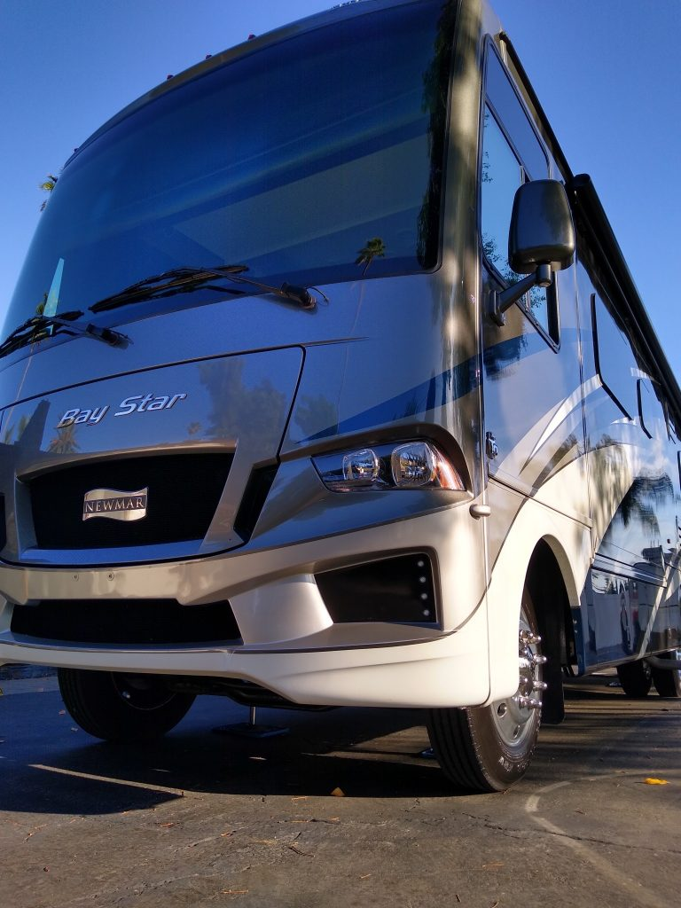 newmar-rv-front-exterior-detail